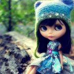 مترسکم عروسکی چوبی و تنها