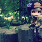 من عروسکی نیستم که…